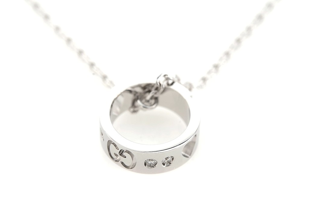 Icon Amor Necklace